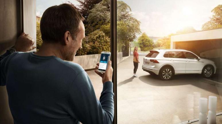 We Connect : Samochód w smartfonie i smartfon w samochodzie